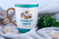 free_mug_mockup3_kisroka2-min